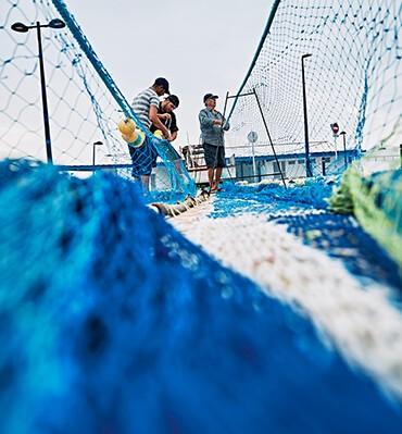 Pesca tradicional, un oficio contra viento y marea