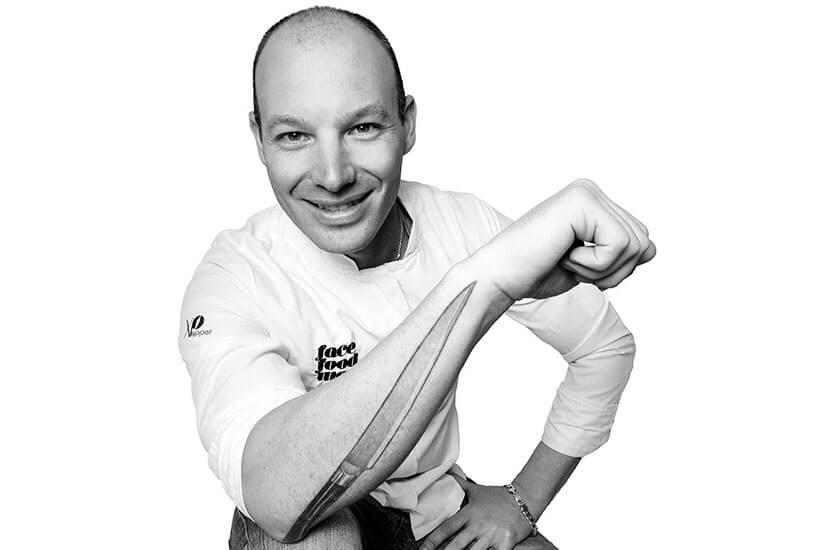 El Sous Chef Óscar Salazar de La Gaia – Ibiza Gran Hotel gana en la categoría Cocina Innovación del Concurso Gastronómico Semana Internacional Trucha en León