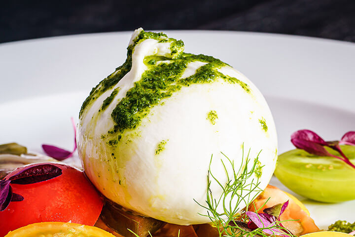 Burrata con pesto