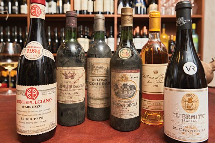 Botellas de la bodega de ChezzGerdi Formentera