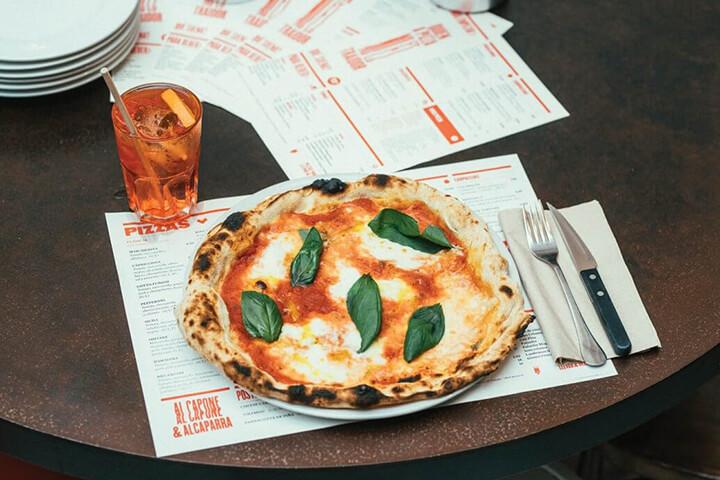 Pizza Margarita. Can Pizza Ibiza. Sant Josep de Sa Talaia