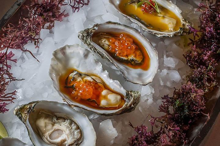 Seasoned raw oysters. Ca Na Joana, Ibiza