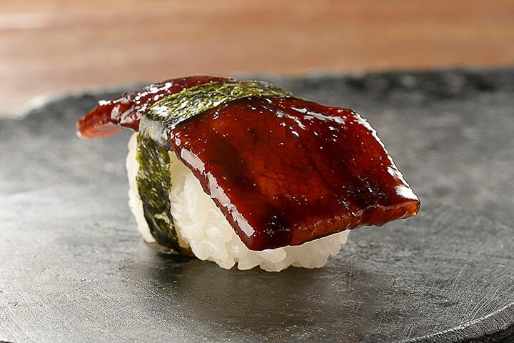 Sushi de papada de cerdo. Restaurante A Casa do Porco de Jefferson Rueda