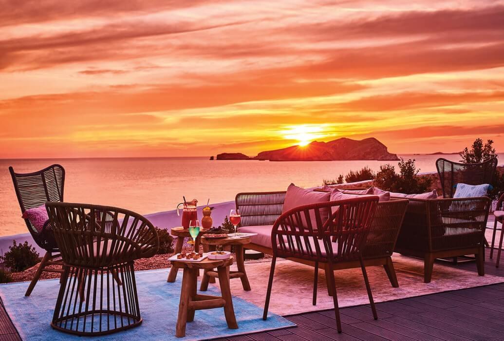 Puesta de sol en el Cone Club. Ibiza