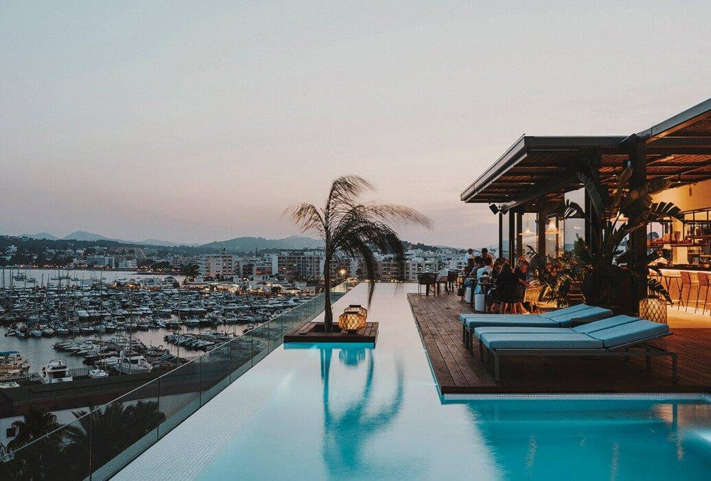 Restaurante Maymanta. Hotel Aguas de Ibiza