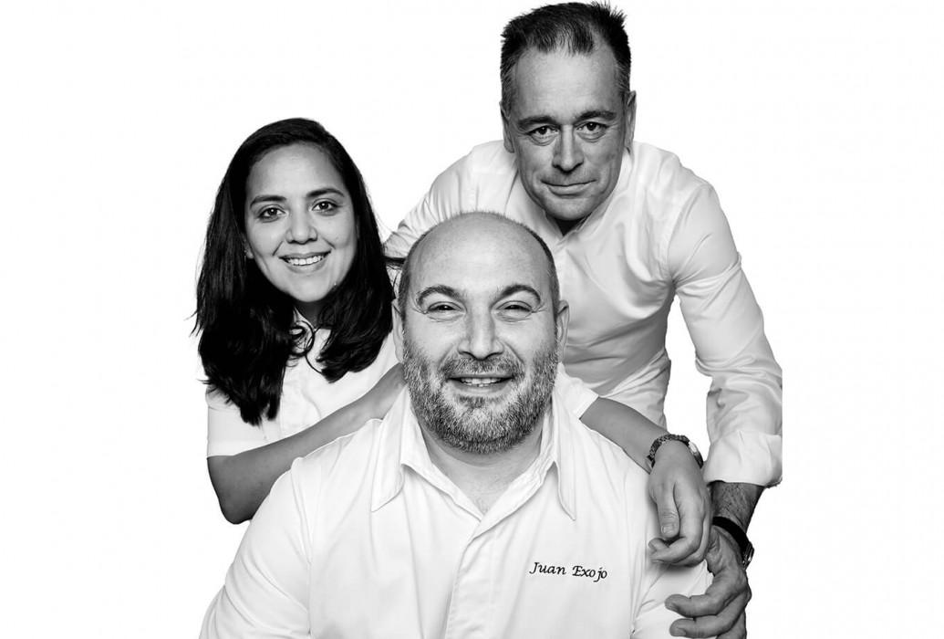José Mayans Serra, Juan Carlos Exojo y Cristina Ibañez. Can Pasqual, Formentera