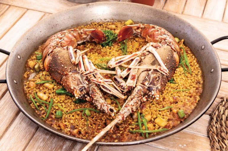 Paella de langosta. Chambao, Ibiza