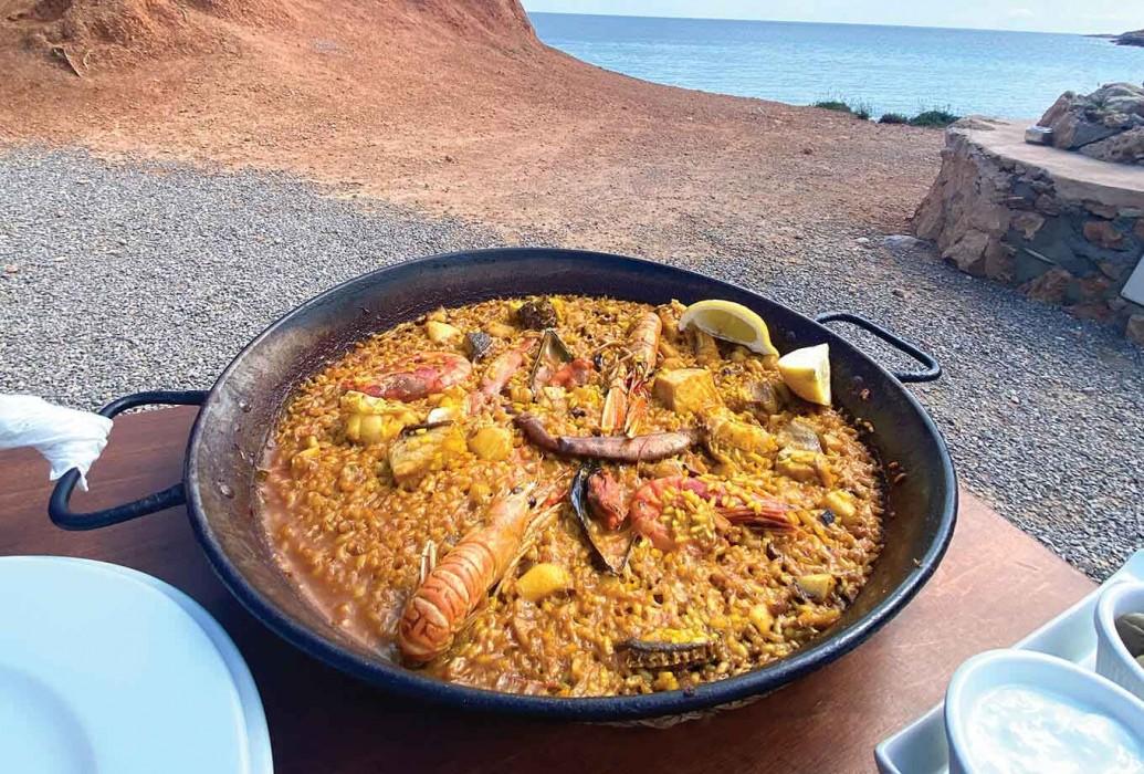 Paella. Restaurante Sa Caleta, Ibiza