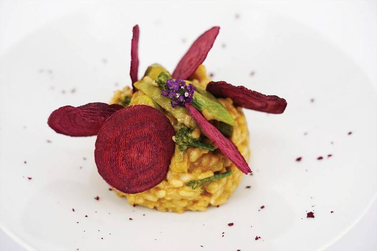 Risotto vegetal con queso ahumado. Restaurante Imagine, Formentera