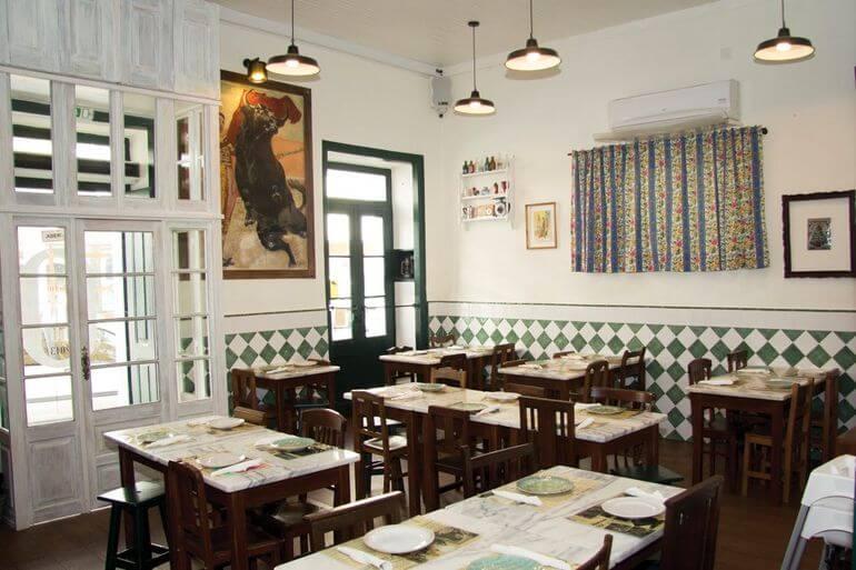 Taberna Ó Balcăo. Lisboa