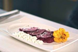 4 Ways beetroot with truffle oil powder