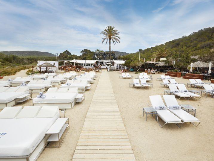 Hamacas en Blue Marlin Ibiza