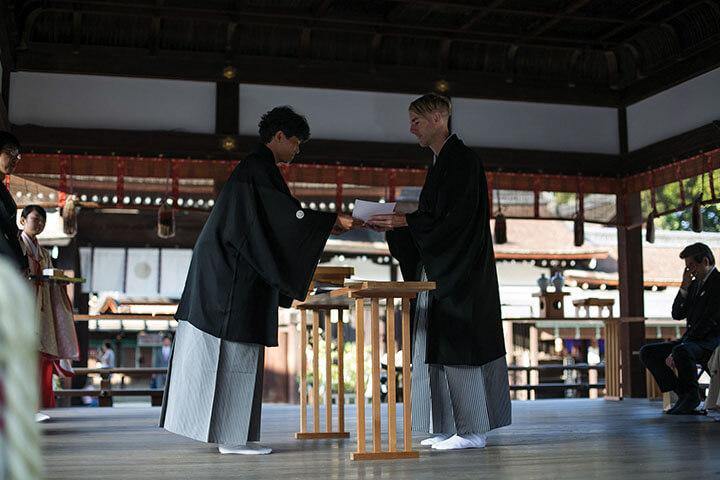 Richie Hawtin recibiendo el título de Sake Samurai