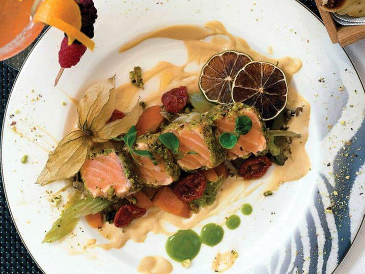 Tataki salmon. Restaurant ChezzGerdi Formentera