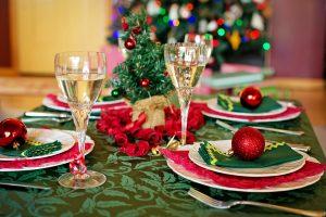 Mesa decorada para Navidad