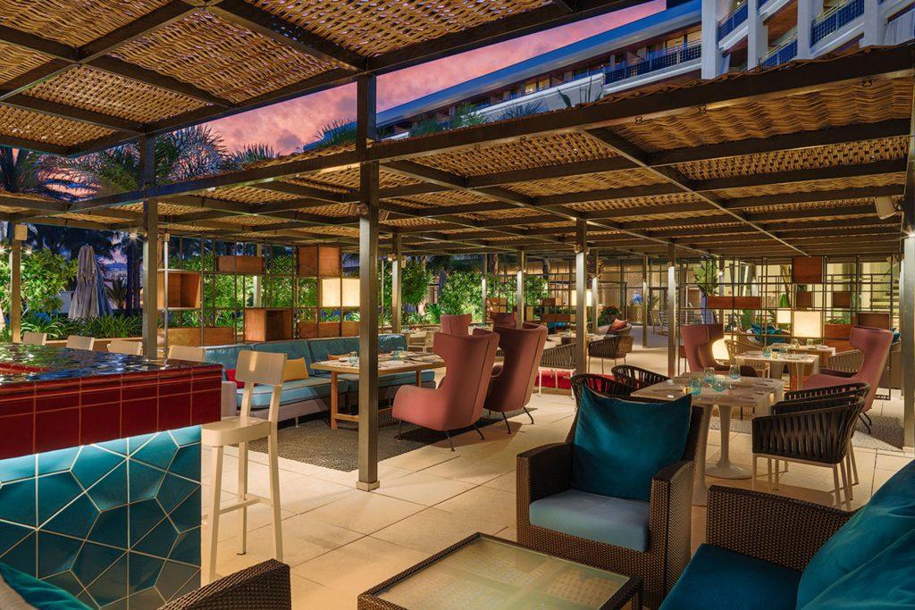 Terraza del restaurante Alabastro