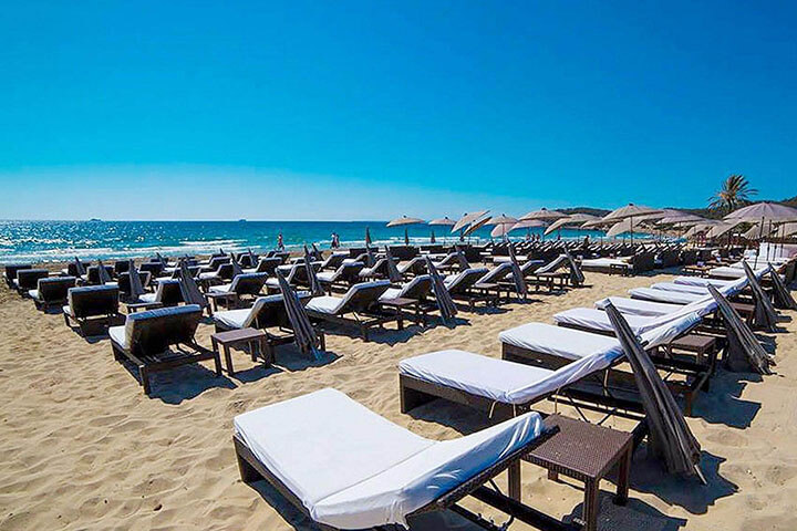 Nassau Beach Club. The best Beach Clubs in Ibiza