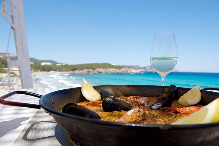 Atzaró Beach. The best paella in Ibiza