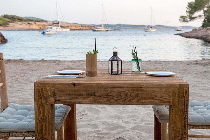 Cala Gracioneta. The best paella in Ibiza