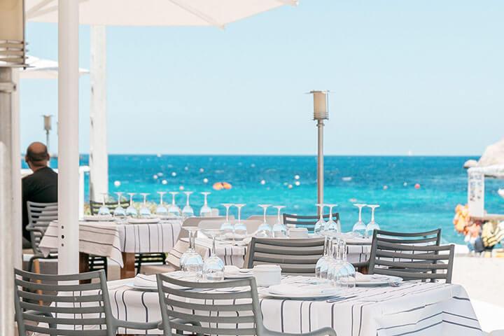 Port Balansat. The best paella in Ibiza