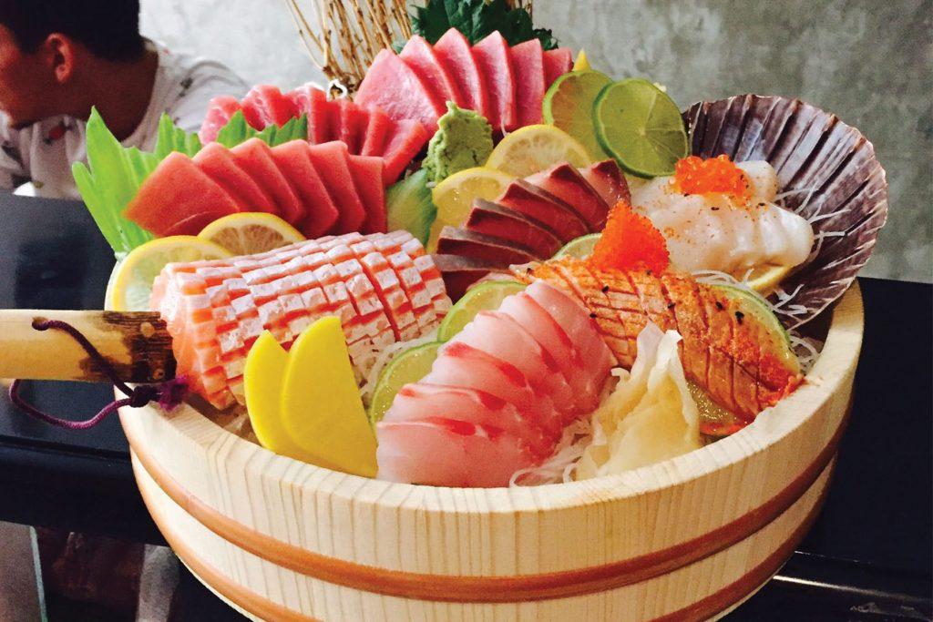 Sushi. Hikidashi Taberna Japonesa